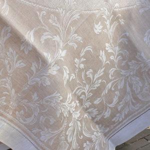 Tafelkleed beige the hague collections interieur winkel den haag oval beige 01