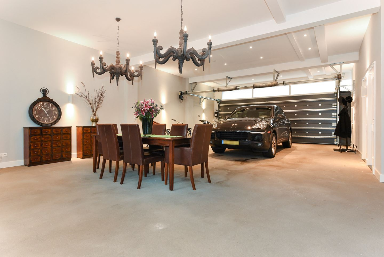 https://www.frederikpremier.com/wp-content/uploads/2018/02/Frederik-Premier-interieurwinkel-Den-Haag-garage-custom-made-02.jpg
