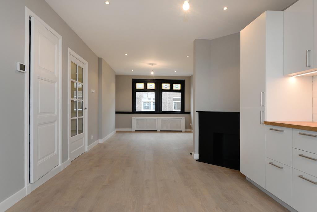Willem van Outhoornstraat renovatie project van Frederik Premier interior Creators in Den Haag, renovatie, inrichting, kleuren plan, curtains, fabrics, flooring
