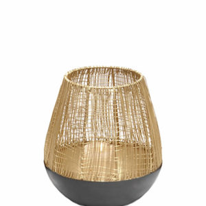 2018 12 gouden windlicht met zwrten onderkant medium size interieurwinkel Frederik Premier Den Haag