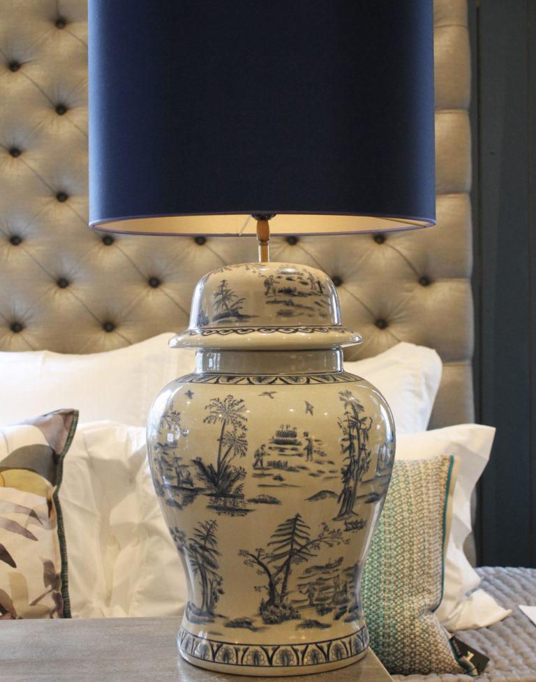 lampenvoet vaas aardenwerk interieurwinkel den haag frederik premier interior designers 190304